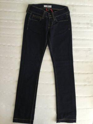 Dunkelblaue fast schwarze 7/8 Jeans von Fornarina mit Stretchanteil