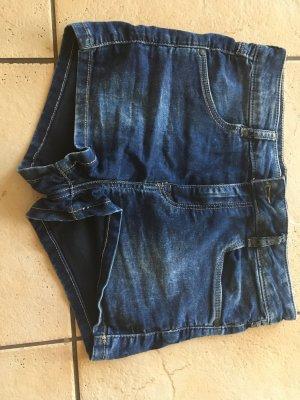 Dunkelblaue Highwaist kurze Jeans