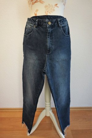 dunkelblaue,highwaist Mom-Jeans von Asos