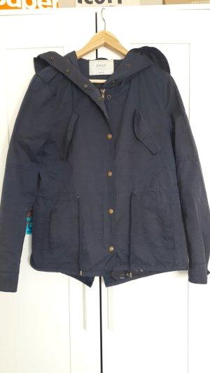 Dunkelblaue Jacke von Only Größe M
