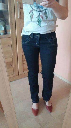 dunkelblaue Jeans der Marke Multiblu, Gr. 36