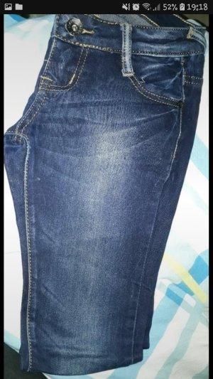 dunkelblaue jeans Größe XS / S