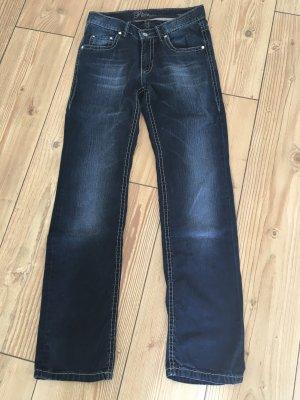 dunkelblaue Jeans mit hellen Nähten von Pioneer