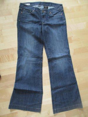 dunkelblaue Jeans (Schlaghose)