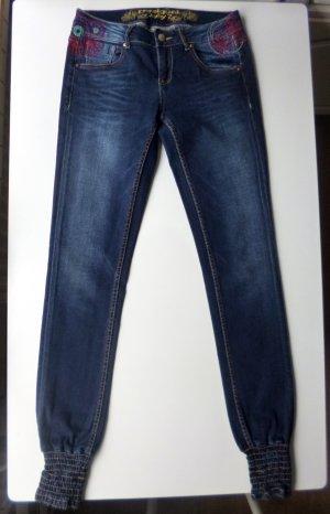 dunkelblaue Jeans von Desigual