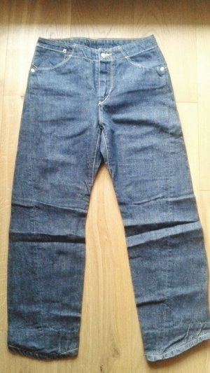 Dunkelblaue Jeans von Levi's NEU