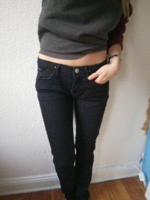 Dunkelblaue Jeans von Tommy Hilfiger W 29 L 32 Modell Suzzy Slim