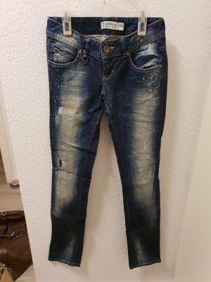 dunkelblaue Jeans von ZARA