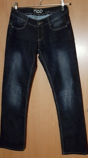 dunkelblaue Jeanshose