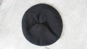 Dunkelblaue Mütze von Blind Date