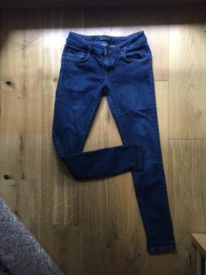 Zara Woman Pantalón de tubo azul-azul oscuro