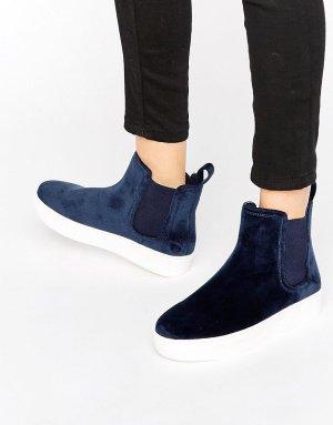 Dunkelblaue Samt-Sneaker