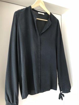 Dunkelblaue Seiden- Bluse von Dorothee Schumacher, Größe 40