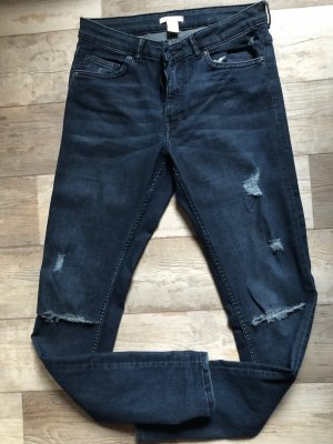 dunkelblaue Skinny Jeans ripped destroyed