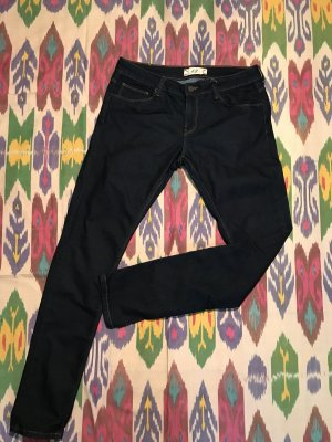 Dunkelblaue Stretch-Jeans