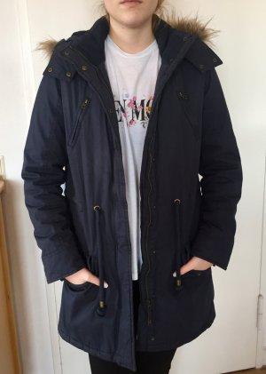dunkelblaue Winterjacke/Parker mit Kunstfell von Tom Tailor Größe M