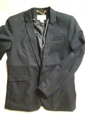 Dunkelblauer Blazer von H&M (die Hose gibt es auch - Hosenanzug!)