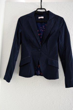 dunkelblauer Blazer von Orsay
