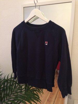 dunkelblauer Fila-Pullover