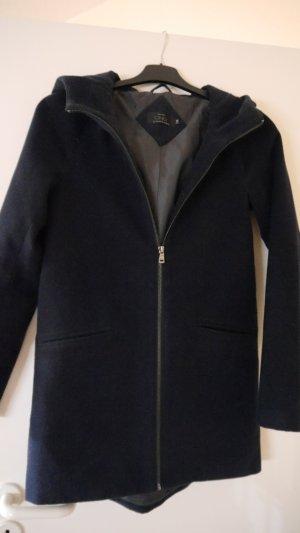 dunkelblauer leichter Mantel