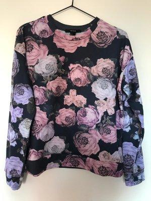 Dunkelblauer Pullover mit Blumen
