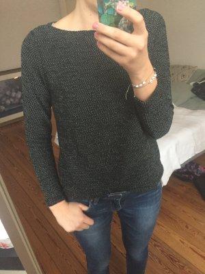 Dunkelblauer Pullover mit weißen Akzenten