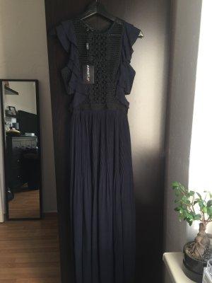 Dunkelblaues Abendkleid!