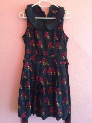 dunkelblaues , ärmelloses Kleid von Yumi