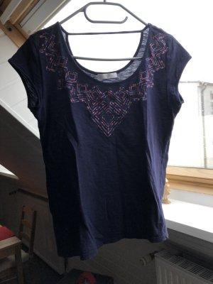 Dunkelblaues besticktes T-Shirt