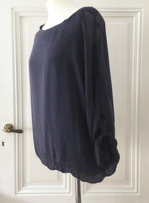 Dunkelblaues Blusentop aus Seide mit transparenten Ärmeln