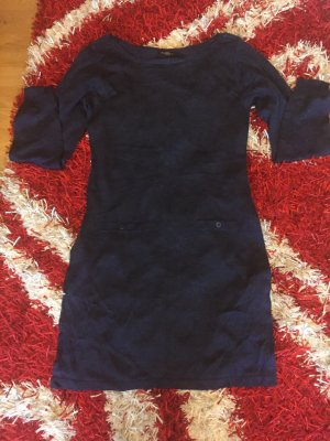Dunkelblaues -  Kleid