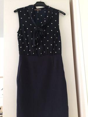 Dunkelblaues Kleid mit Punkten Größe 38