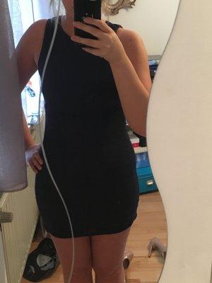Dunkelblaues Kleid mit Spitzenrock