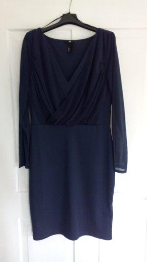 Dunkelblaues Kleid von H&M