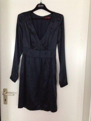 Dunkelblaues Kleid von Hugo Boss