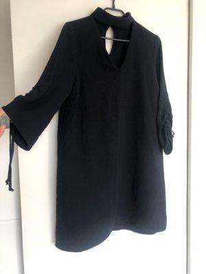 Dunkelblaues Kleid von Zara