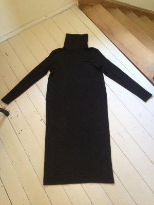 Dunkelblaues Rollkragenkleid in Midilänge von Selected Femme
