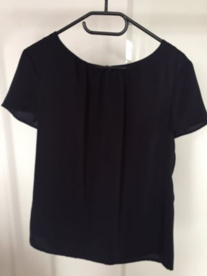 Dunkelblaues s.oliver T-Shirt