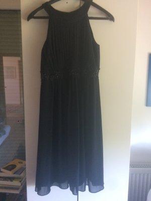 Dunkelblaues schickes Kleid