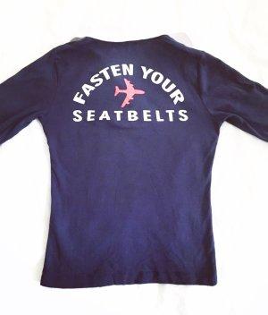 dunkelblaues shirt / airline stuff