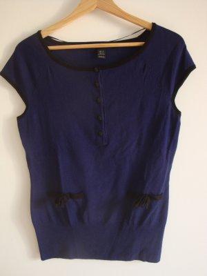dunkelblaues Strickshirt mit Knopfleiste und Zierschleifen, Gr. S
