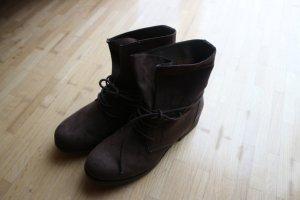 Dunkelbraune Boots