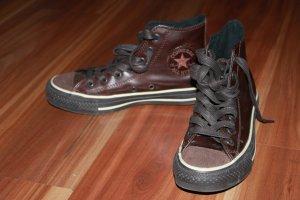Dunkelbraune Chucks (Converse) aus Leder
