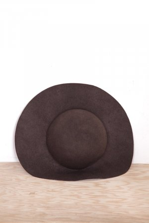 Cappello in feltro marrone-nero-marrone scuro