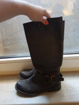 dunkelbrauner Stiefel aus Nubukleder