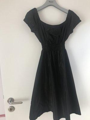 Zara Basic Kleider günstig kaufen | Second Hand | Mädchenflohmarkt
