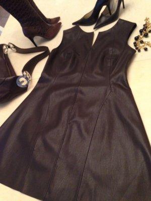 Dunkelbraunes Lederkleid von Zara
