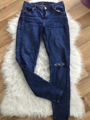 Dunkele Bershka Jeans