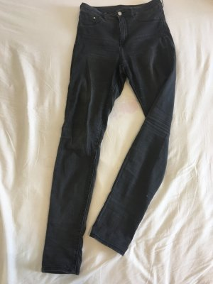 c6b72fa66bc6 H M High Waist Jeans at reasonable prices