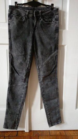 Dunkelgraue Jeans von Mango